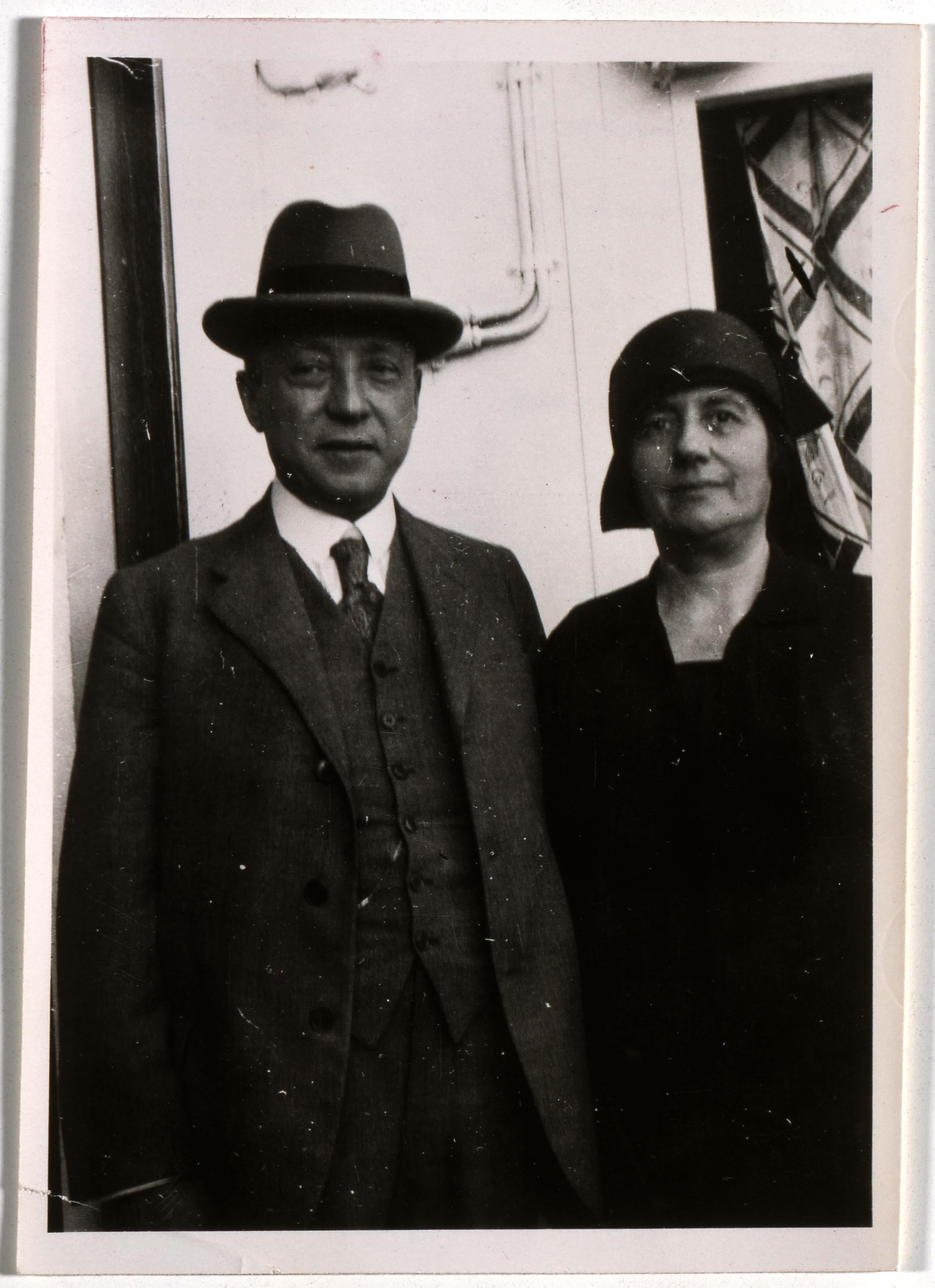 """Lina und Henry Seligmann an Bord des Rhein Schnelldampfers """"Juliana"""", 14.07.1929; Jüdisches Museum Berlin, Schenkung von Herbert und Elisabeth Simon"""